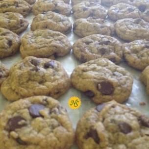 http://neessweets.com/18-341-thickbox/gluten-free-chocolate-chip-organic-cookies.jpg