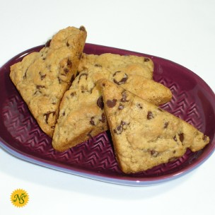 http://neessweets.com/26-361-thickbox/chocolate-chip-organic-scones.jpg