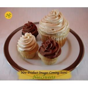 http://neessweets.com/56-390-thickbox/strawberry-mini-organic-cupcakes-with-strawberry-organic-frosting.jpg