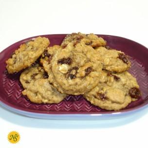 http://neessweets.com/6-417-thickbox/organic-oatmeal-raisin-cookies.jpg