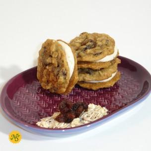 http://neessweets.com/8-353-thickbox/organic-oatmeal-raisin-sandwich-cookie.jpg